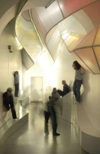 per muoversi in corridoio