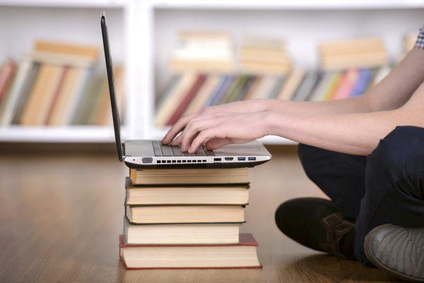 Pubblicato il bando per i curricoli digitali: 4,3 milioni per 25 percorsi didattici innovativi