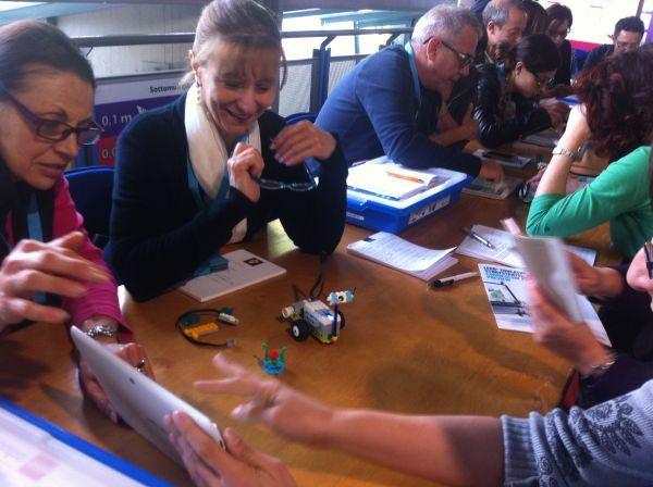 """Scuola digitale, l'Indire il 16/12 è all'evento Intel """"School Makers"""" di Firenze"""