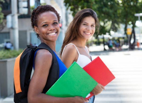 L'integrazione degli alunni immigrati in Italia e in altri Paesi a confronto