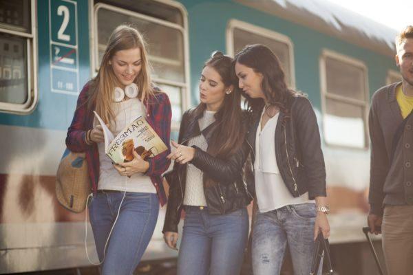 La Commissione europea mette in palio 6000 voucher di viaggio per gli studenti eTwinning!
