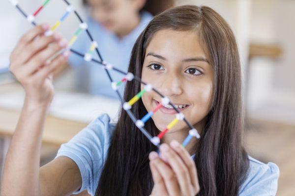 STEM for Youth: il progetto che avvicina gli studenti alla scienza e alla tecnologia