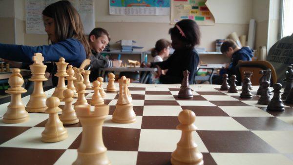 Il progetto CASTLE: il gioco degli scacchi come strumento pedagogico nella scuola primaria
