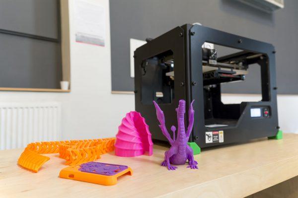 """Stampanti 3D nella scuola dell'infanzia: la rivista online """"Qwerty"""" ospita una serie di contributi dalla ricerca Indire"""