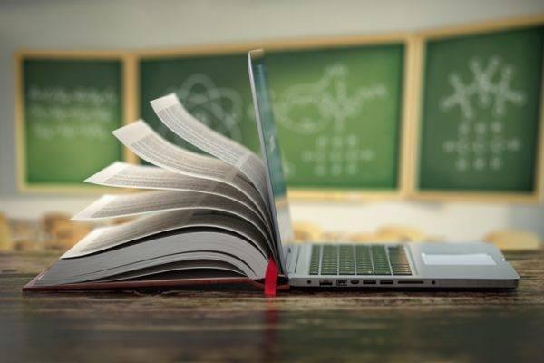 Le sfide dell'educazione digitale a scuola in Europa nel nuovo Quaderno di Eurydice